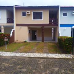 Condomínio José de Alencar - Casa Duplex, 120m², 3 suítes