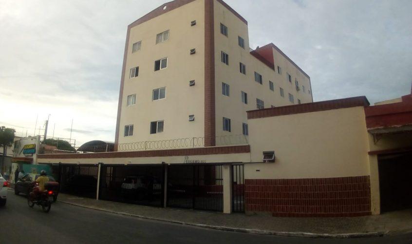 Apartamento no Ed Pérgamo - Casa Duplex, 56m², 3 quartos sendo 1 suite e 2 banheiros